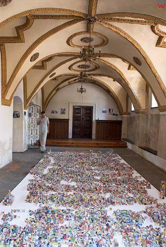 Wnętrze synagogi żydowskiej w Zamościu