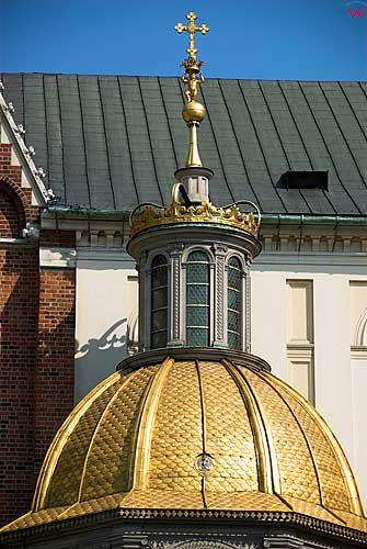 Krakow. Kopuly Katedry na Wawelu