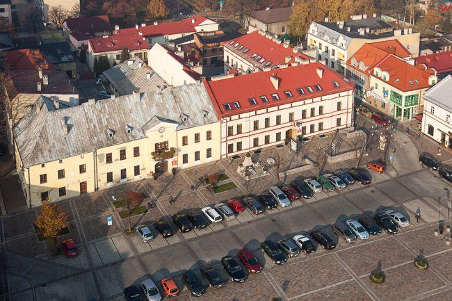 Olkusz, kamienice przy Rynku. EU, Pl, Malopolska. Lotnicze.