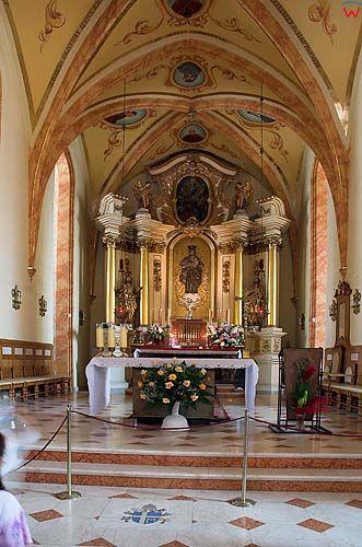 Wnętrze kościoła w Wadowicach