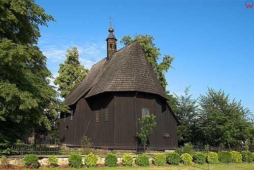 Drewniany kosciol w Wojniczu.