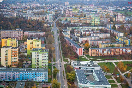 Plock, ulica Tysiaclecia widoczna od strony E. EU, Pl, Mazowieckie. LOTNICZE.