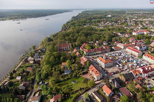 Serock, panorama miasta. EU, Pl, Mazowieckie. Lotnicze.