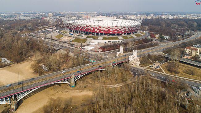 Warszawa, panorama przez most Poniatowskiego na Stadion Narodowy. EU, PL, mazowieckie. Lotnicze.