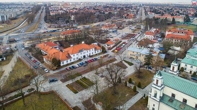 Warszawa Wilanow, park przypalacowy. EU, PL, mazowieckie. Lotnicze.
