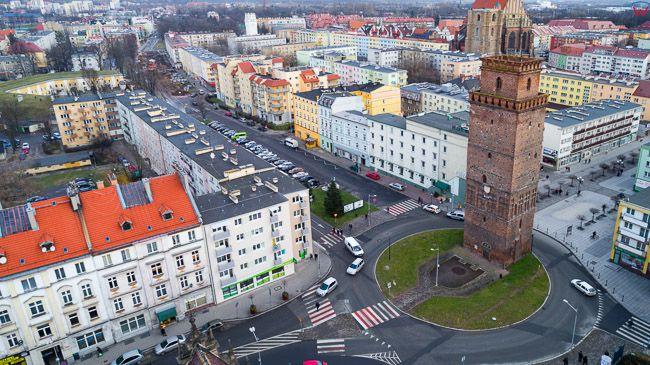 Nysa, rondo ul. Krzywoustego i Piastowska. EU, Pl, opolskie. Lotnicze.