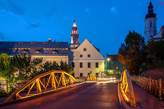 Opole, Most Zamkowy - Zolty. EU, PL, Opolskie.