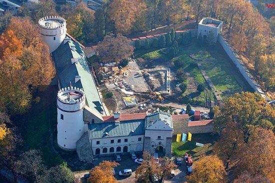 Zamek Kazimierzowski w Przemyslu. EU, Pl, podkarpackie. Lotnicze.