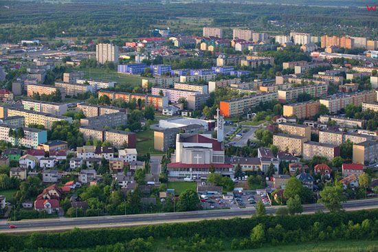 Tarnobrzeg - panorama od strony N. EU, Pl, Podkarpackie. LOTNICZE.