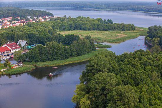 Augustow, ujscie rzeki Netty do jeziora Necko. EU, PL, Podlaskie. Lotnicze.