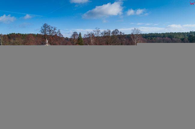 Studzienniczna, Kaplica Rzymsko Katolicka na polwyspie jeziora Studzienicznego. EU, Pl, Podlaskie. Lotnicze.