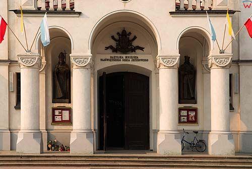 _W060415 kościół Najświętrzego Serca Jezusowego w Augustowie.