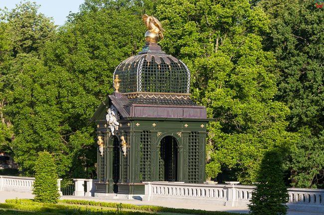 Bialystok, Palac Branickich ogrody z altana. EU, PL, Podlaskie.