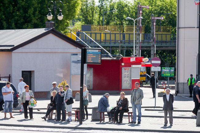 Bialystok, przystanek autobusowy przed dworcem PKP. EU, PL, Podlaskie.