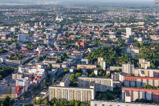 Bialystok, panorama od strony Sw w kierunku Centrum. EU, PL, Podlaskie. Lotnicze.