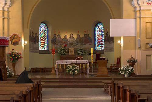 _W060211 wnętrze kościoła św. Piotra i Pawła w Suwałkach