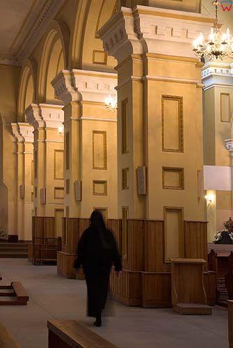 _W060212 wnętrze kościoła św. Piotra i Pawła w Suwałkach