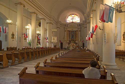 _W060386 wnętrze kościoła-konkatedry św. Aleksandra w Suwałkach.