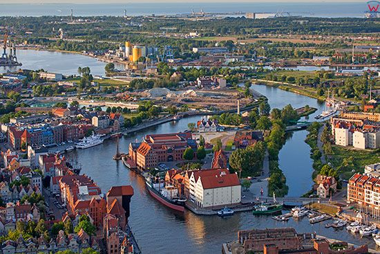 Gdansk, Olowianka z Motlawa i Kanalem Na Stepce. EU, PL, Pomorskie. Lotnicze.
