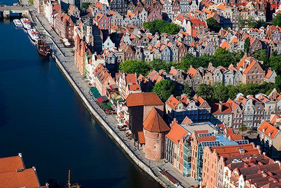 Gdansk, Glowne Miasto z Dlugim Pobrzezem. EU, PL, Pomorskie. Lotnicze.