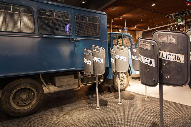 Gdansk, Europejskie Centrum Solidarnosci (ECS) n/z samochod funkcjonariuszy ZOMO. EU, PL, Pomorskie.