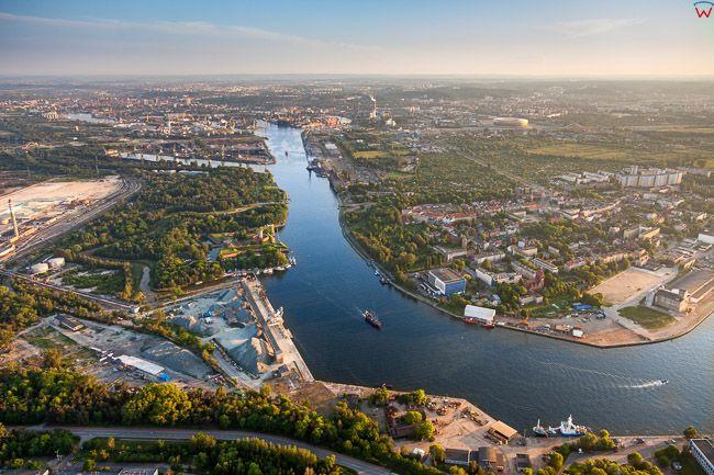 Gdansk, Westerplatte, Martwa Wisla. EU, PL, Pomorskie. Lotnicze.