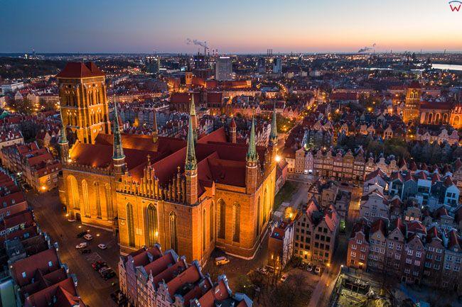 Gdansk, panorama miasta z lotu ptaka-Bazylika. EU. PL,Pomorskie. Lotnicze.