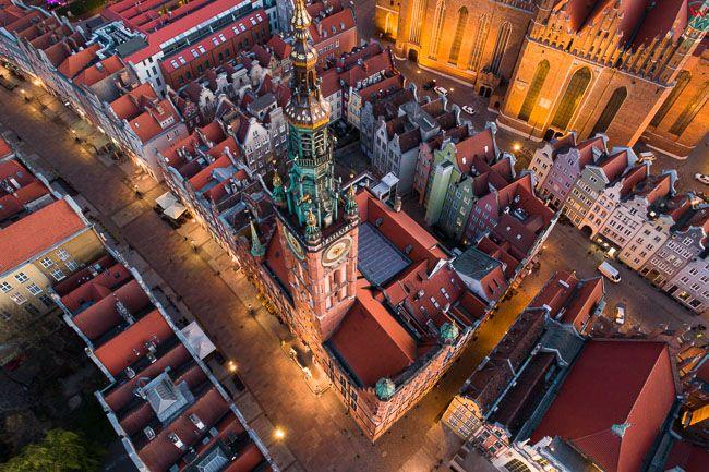 Gdansk, panorama miasta z lotu ptaka-Ratusz. EU. PL,Pomorskie. Lotnicze.