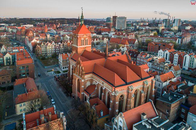 Gdansk, panorama miasta z lotu ptaka-kosciol sw. Jana. EU. PL,Pomorskie. Lotnicze.