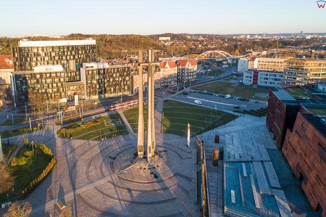 Gdansk, panorama miasta z lotu ptaka-Pomik Stoczniowcow. EU. PL,Pomorskie. Lotnicze.