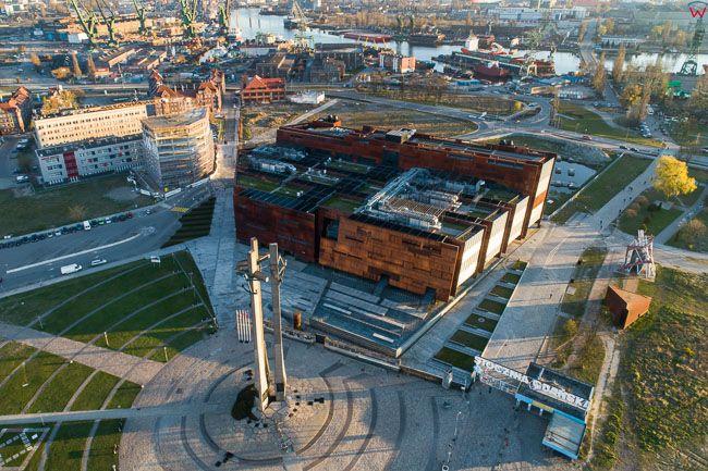 Gdansk, panorama miasta z lotu ptaka-Pomik Stoczniowcow i ECS. EU. PL,Pomorskie. Lotnicze.