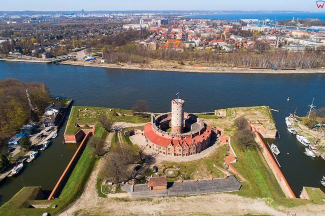 Gdansk, panorama miasta z lotu ptaka-Twierdza Wisloujscie. EU. PL,Pomorskie. Lotnicze.