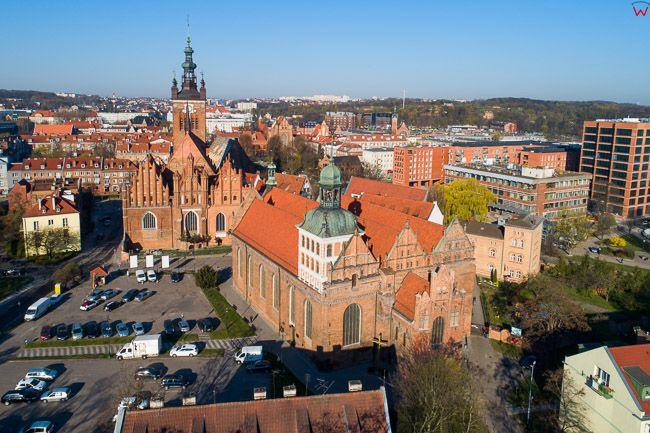 Gdansk, panorama miasta z lotu ptaka- kosciol sw. Brygidy i Rektorski. EU. PL,Pomorskie. Lotnicze.