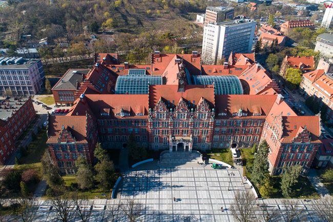 Gdansk, panorama miasta z lotu ptaka-Politechnika Gdanska. EU. PL,Pomorskie. Lotnicze.