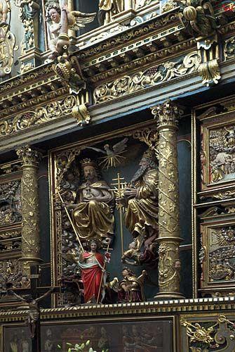 _W060709 ołtarz w nawie bocznej katedry oliwskiej