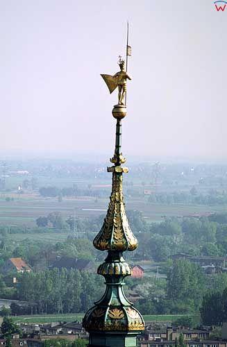 Posąg Zygmunta III Wazy na wieży ratusza
