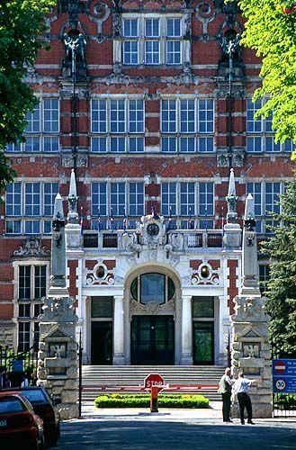Gdańsk, budynek Politechniki Gdańskiej