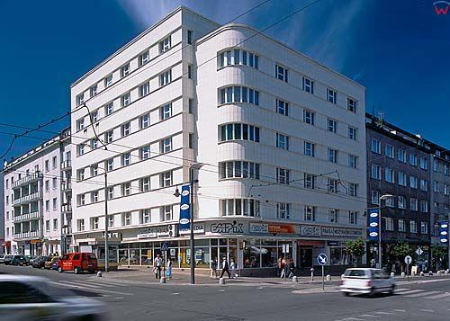 Gdynia-ulica Świętojańska 050306d polska europa dia 645 fot. Wojciech Wójcik