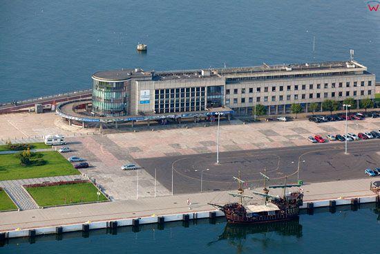 Akwarium Morskie w Gdyni. EU, Pl, pomorskie. Lotnicze.