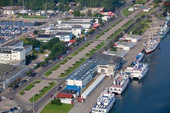 Gdynia, Skwer Kosciuszki. EU, Pl, pomorskie. Lotnicze.