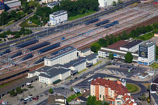 Gdynia, Dworzec PKP. EU, PL, Pomorskie. Lotnicze.