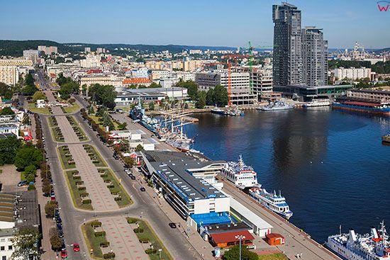 Gdynia, Molo Poludniowe. EU, PL, Pomorskie. Lotnicze.