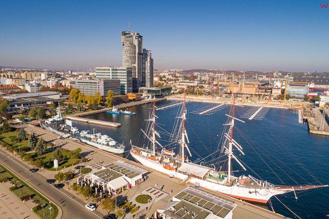 Gdynia, Basen Prezydenta i Sea Towers EU, PL, Pomorskie. Lotnicze