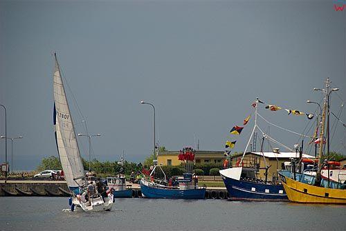 Pomorskie. Port w Jastarni.