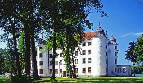 Zamek Rycerski w Kręgu pomorskie