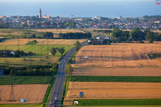 Panorama na Wladyslawowo od strony Swarzewa. EU, Pl, Pomorskie. LOTNICZE.