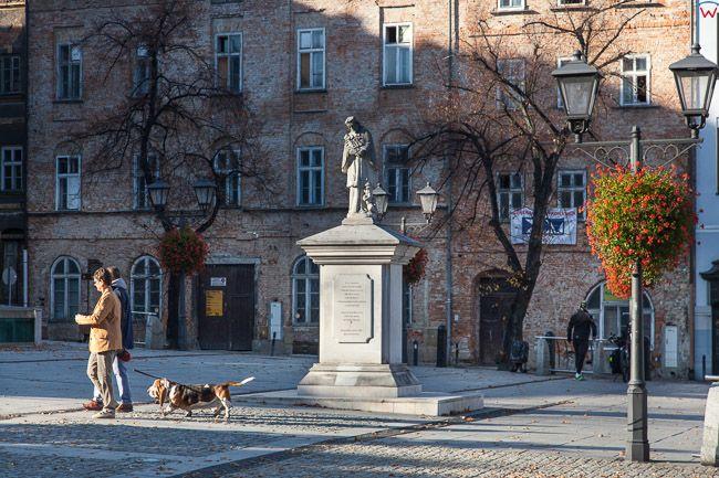 Bielsko - Biala, pomnik Nepomucena na Rynku Staromiejskim. EU, PL, Slaskie.