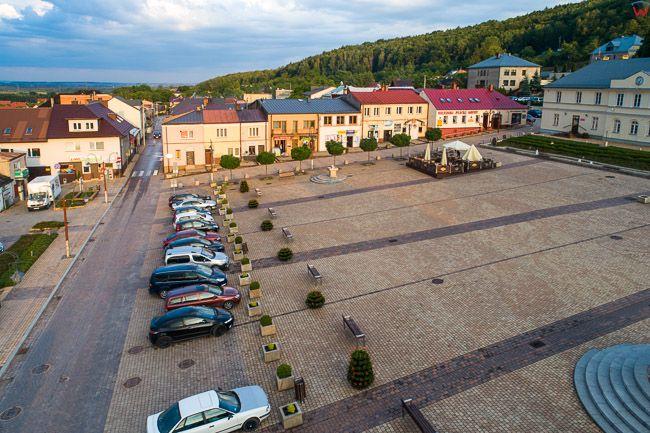 Checiny, Rynek Miejski. EU, Pl, Swietokrzyskie. Lotnicze.