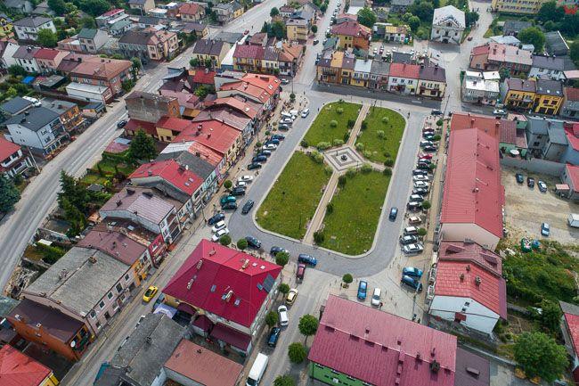 Klimontow, rynek miejski