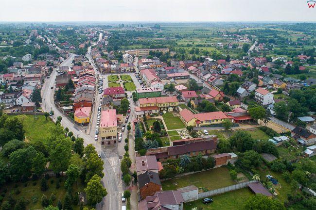 Klimontow, lotnicza panorama miasta